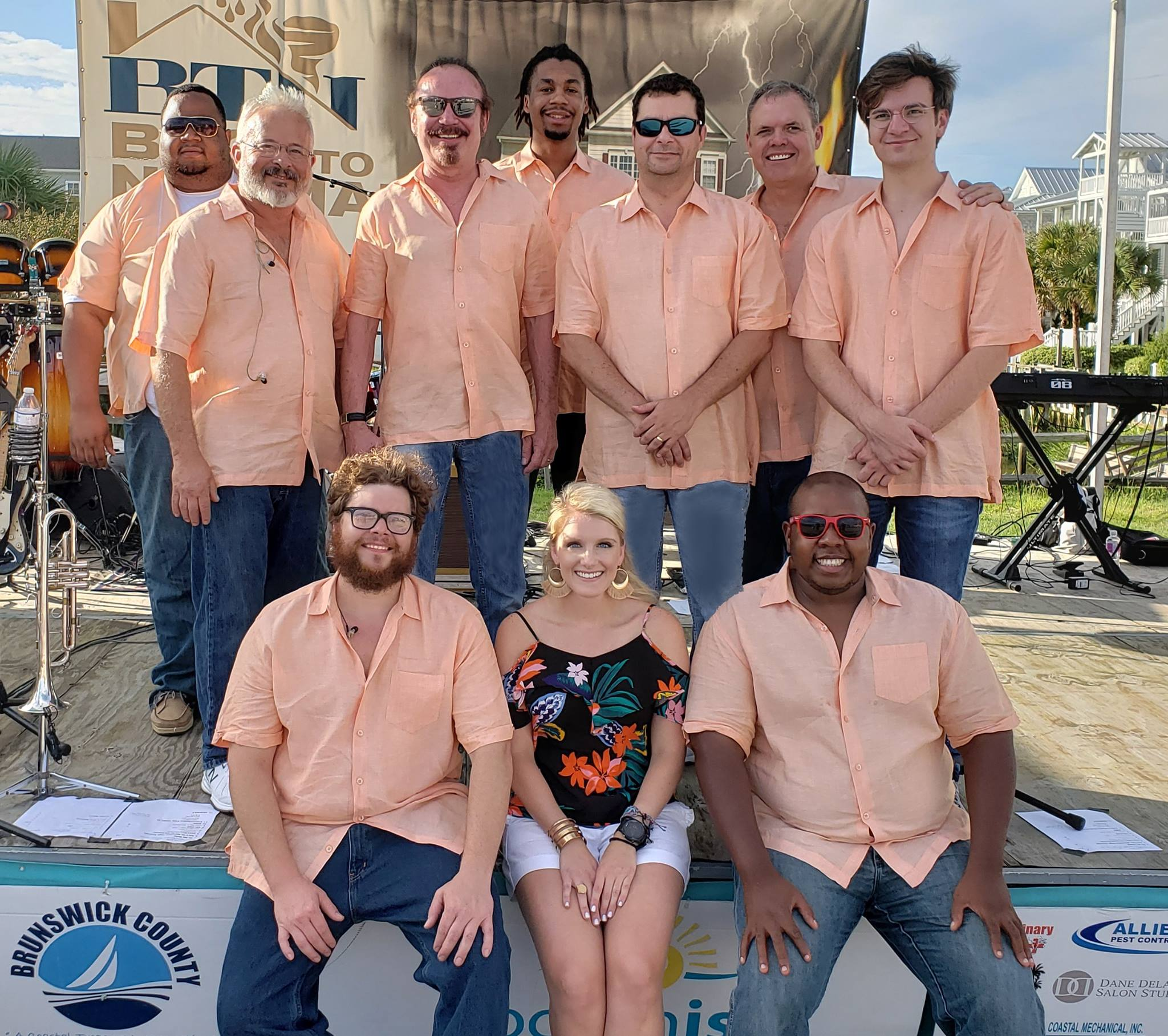 TGIF Summer Concert Series – The Extraordinaires + Cruise In