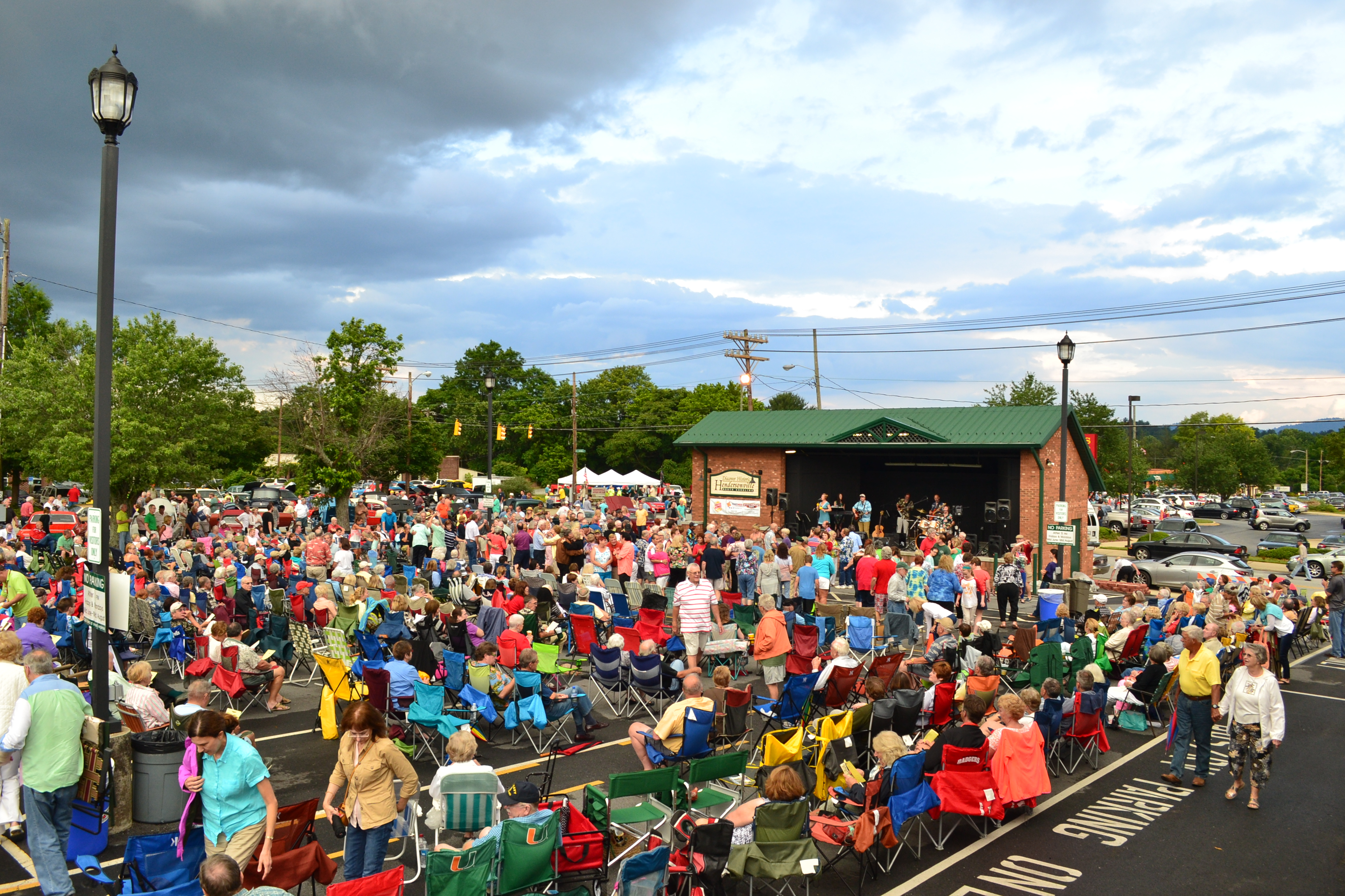 Music on Main_Hendersonville